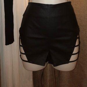 Cut off booty shorts